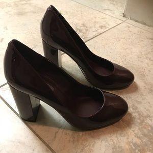 BCBG Generation Shiny Burgundy Heels Size 6